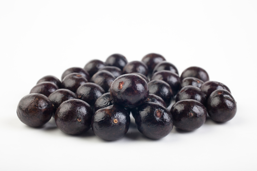 acai berry People native to the amazon have been using acai berries for many years they gained popularity when oprah winfrey named them a superfood on her tv show.
